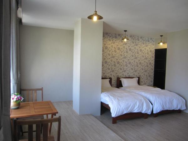 Standard Twin Room with Sea View(海洋館)