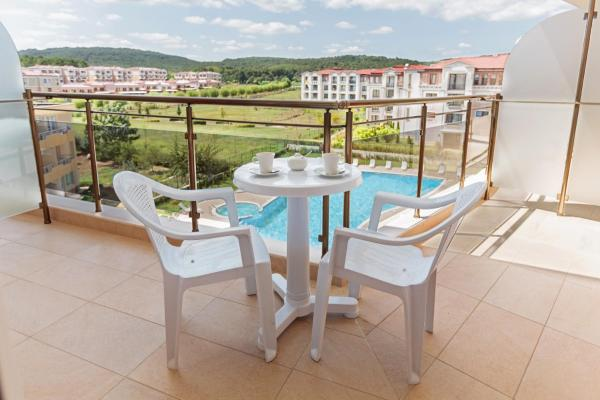 Family Suite (2 Adults + 2 Children) with Balcony
