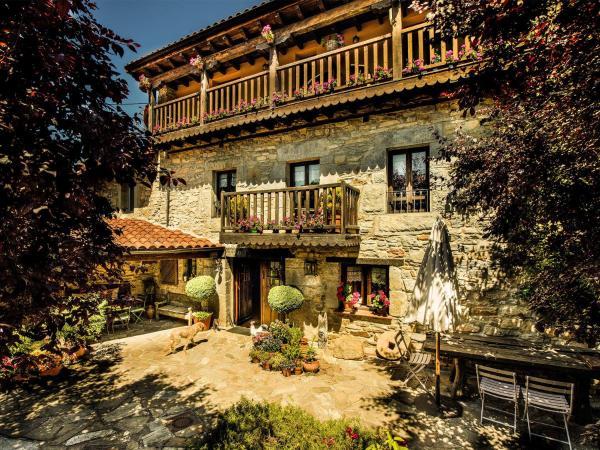 Hotel Pictures: Casa Zalama, San Pelayo - Merindad de Montija