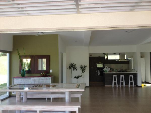 Hotel Pictures: Santa Cruz De La Sierra N.7, La Manuelita