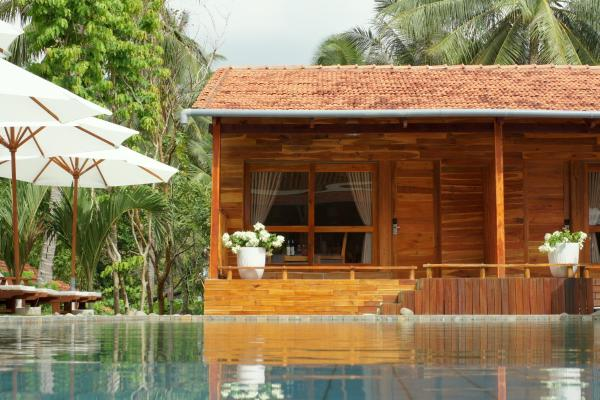 Pool Side Bungalow