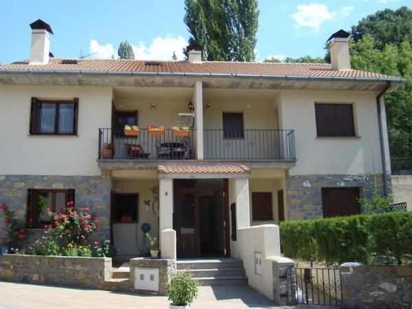 Hotel Pictures: Apartamento Seira, Seira