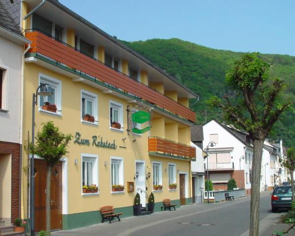 Hotel Pictures: Gasthaus Zum Rebstock, Hirzenach