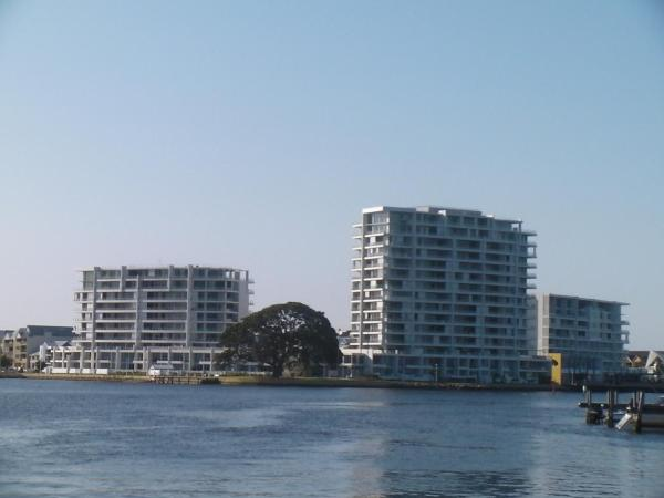 Фотографии отеля: The Point Mandurah Apartment, Mandurah