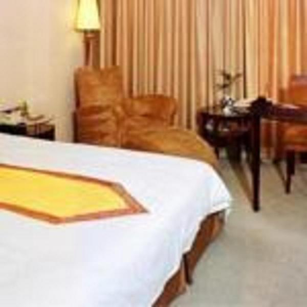 Hotel Pictures: Luban Yizhou Hotel, Linyi