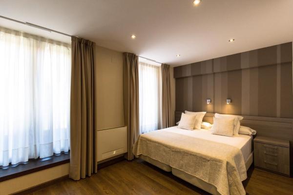 Hotel Pictures: Apartamentos Turísticos Llanes, Llanes