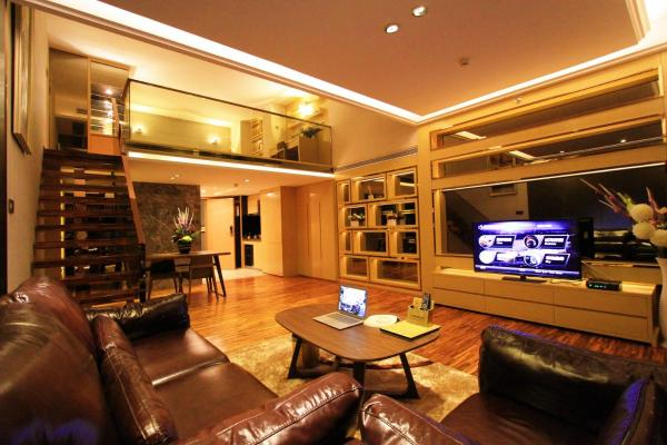Deluxe Loft Twin room