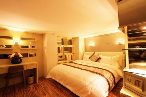 Deluxe Duplex Double Room
