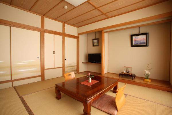 Japanese-Style Room with Private Toilet and Shared Bathroom