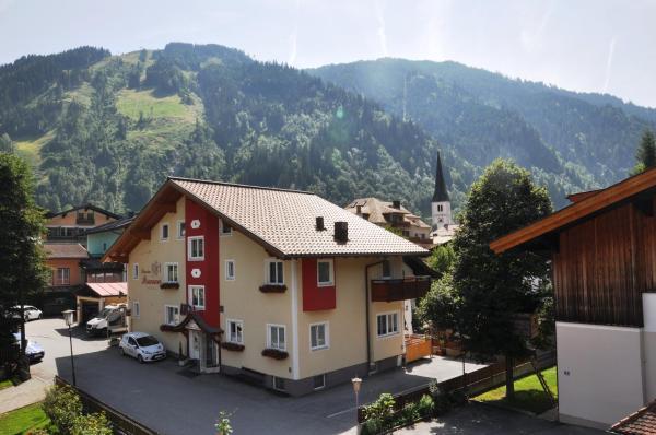 Hotellikuvia: Pension Posauner, Dorfgastein