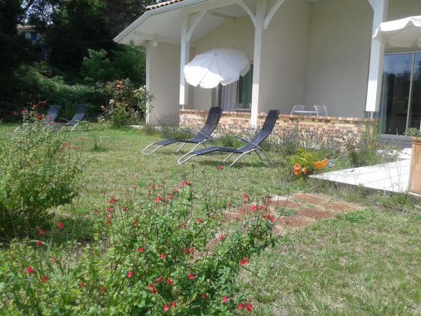 Hotel Pictures: Villa Casa-Blanca, bord de Lac, Biscarrosse-Plage