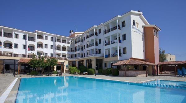 Hotel Pictures: Episkopiana Hotel & Sport Resort, Episkopi Lemesou