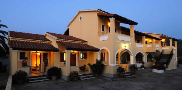Hotel Pictures: Harris Apartments, Acharavi