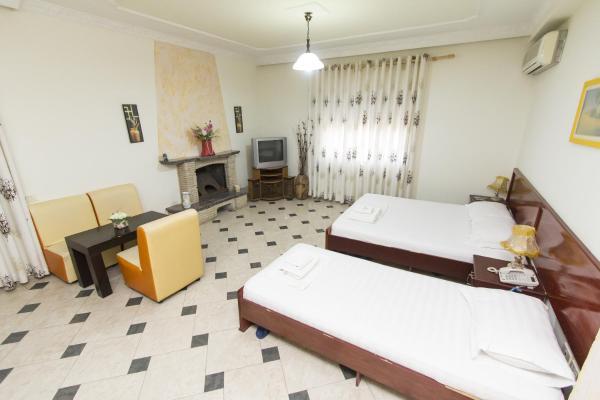 Фотографии отеля: Vila Verde Rooms, Тирана