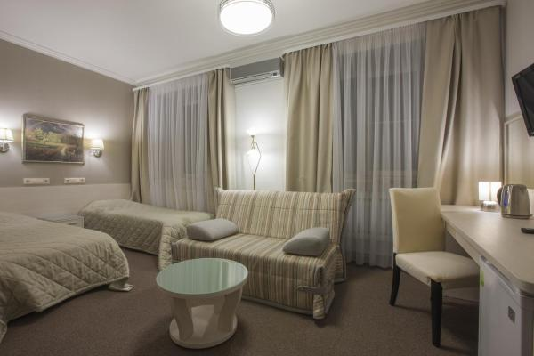 Standard Twin Room with Sofa - Treatment Included