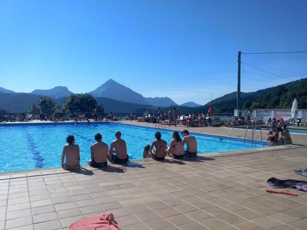 Hotel Pictures: Pension Uxarte, Arrasate - Mondragon