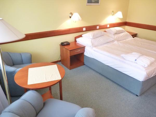Standard Double or Twin Room /Esplanade wing/