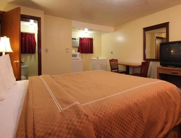 Standard Queen Room with Shower