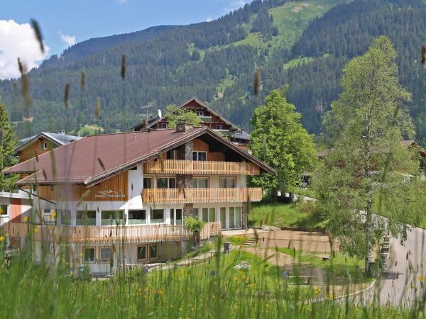 Hotel Pictures: Berghaus Anna Lisa, Mittelberg