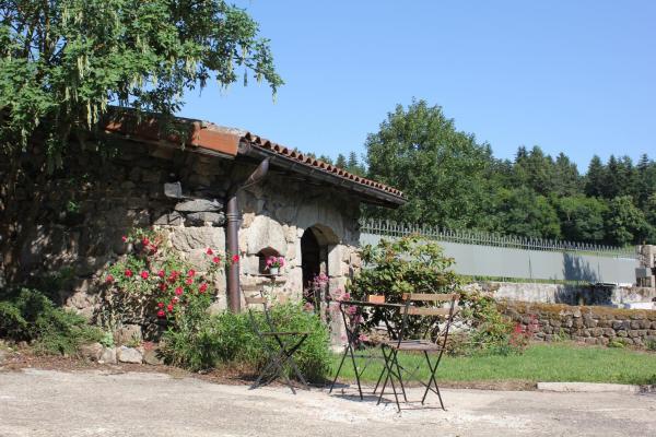 Hotel Pictures: Gite Le Cantou, Saint-Maurice-de-Lignon