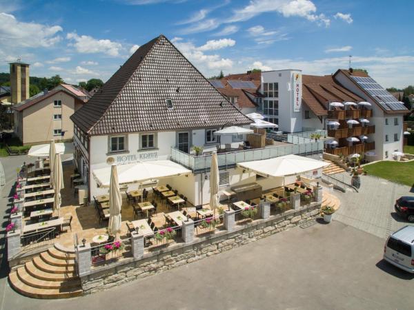 Hotel Pictures: Bodensee-Hotel Kreuz, Uhldingen-Mühlhofen