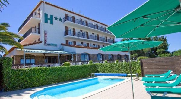 Hotel Pictures: Le Belvedere, Saint-Cyprien