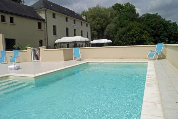 Hotel Pictures: Domaine de Presle, Distré