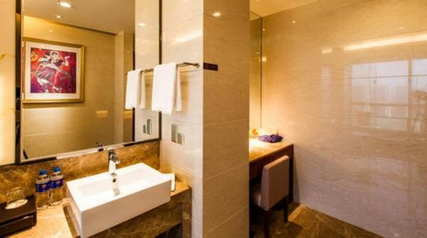 Deluxe Double Room Tower A