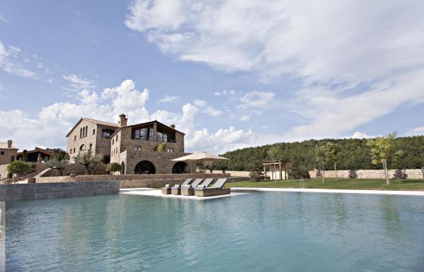 Hotel Pictures: La Vella Farga Hotel, Lladurs