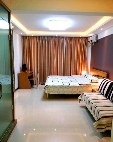 Business Studio Apartment with Double Bed