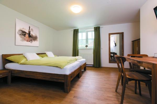Hotellikuvia: , Pettenbach