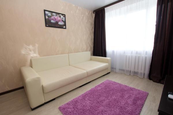 Hotel Pictures: Orhideya apartament on Lenin Square, Bobruisk