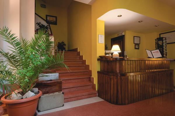 Hotel Pictures: , Poncebos