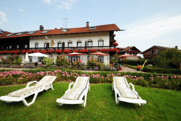 Hotel Pictures: Pension Riedlhof, Bad Feilnbach