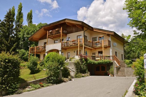 Hotel Pictures: Landhaus Mitsche, Hermagor