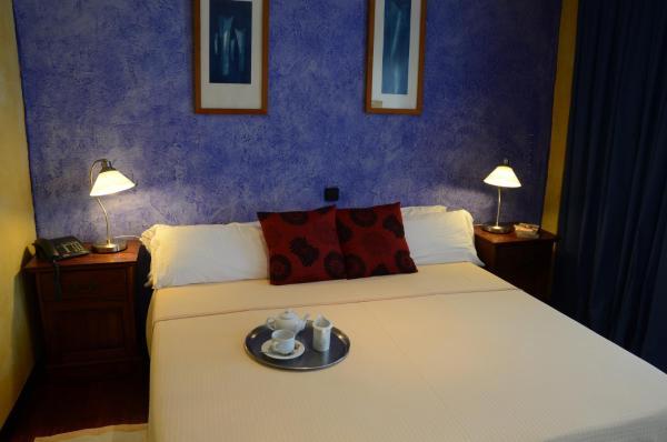 Hotel Pictures: Hotel Tikar, Garrucha