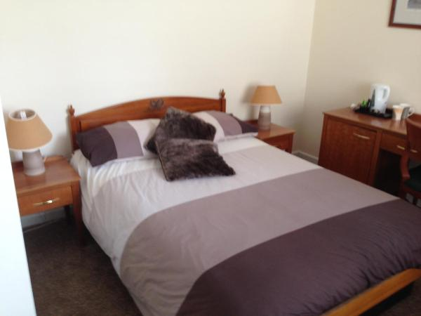 Hotel Pictures: Victoria hotel, Holywell