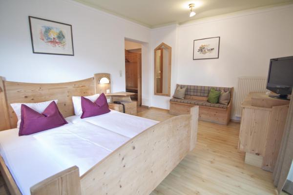 Hotel Pictures: Gasthof Sonne, Matrei in Osttirol