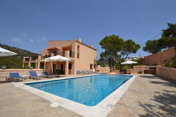 Hotel Pictures: Villa Ses Marjades, Cala Vadella