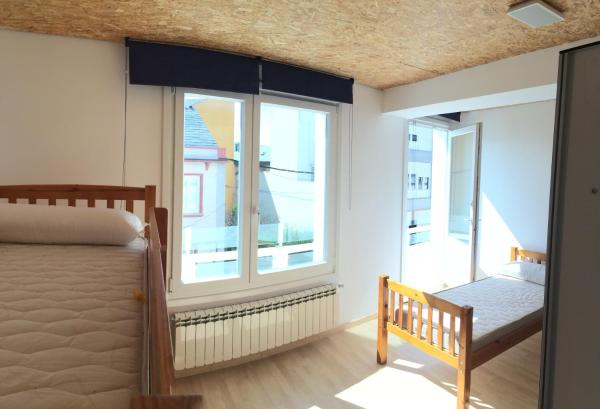 Hotel Pictures: Áncora Hostel Foz, Foz