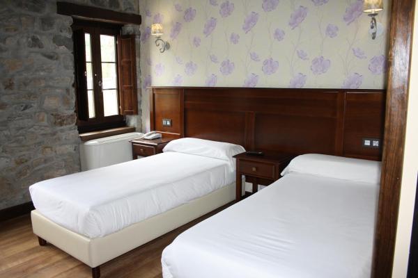 Hotel Pictures: Hotel Rural El Reundu, Campomanes