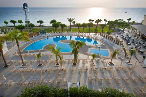 Hotel Pictures: Pernera Beach Hotel, Protaras