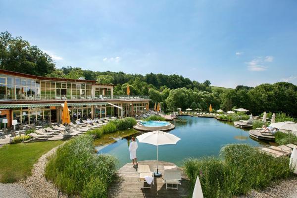 Hotelbilleder: Quellenhotel Heiltherme Bad Waltersdorf - 2-Thermenresort, Bad Waltersdorf