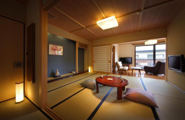 Japanese-Style House Annex - Take