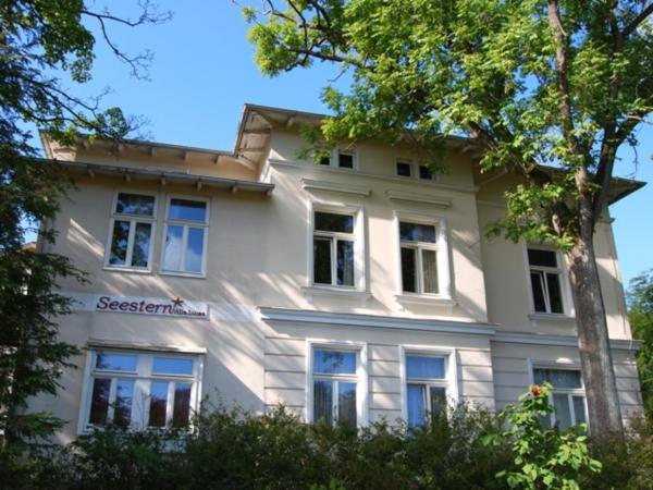 Hotel Pictures: Apartmenthaus Seestern, Prerow