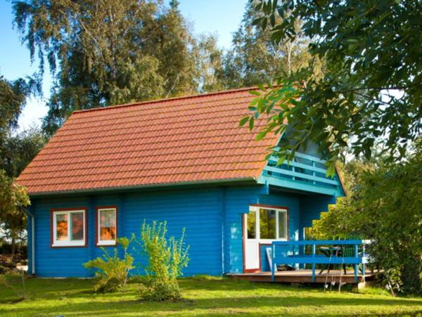 Hotel Pictures: Ferienhaus Kranichblick mit Terrasse am Bodden, Neuendorf Heide