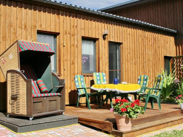 Hotel Pictures: Ferienwohnung Boddenblick, Neuendorf Heide