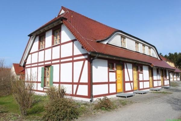 Hotel Pictures: Ferienwohnung in Bakenberg auf Rügen, Nonnevitz