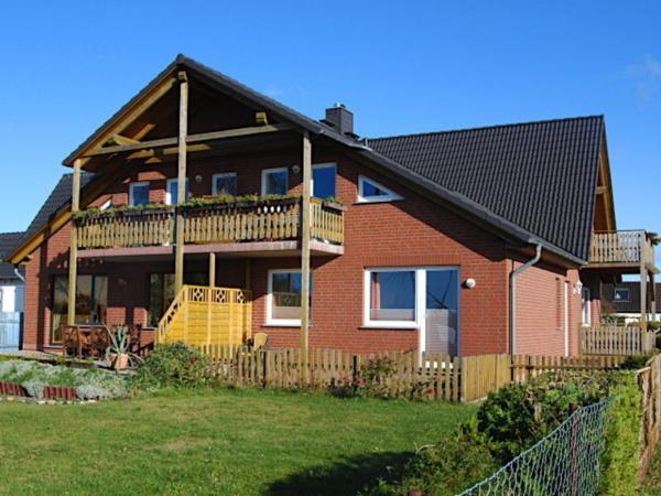 Hotel Pictures: Ferienwohnung Rügen mit Ostseeblick, Dranske