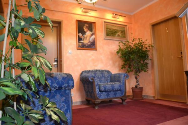 Hotel Pictures: , Zlatníky